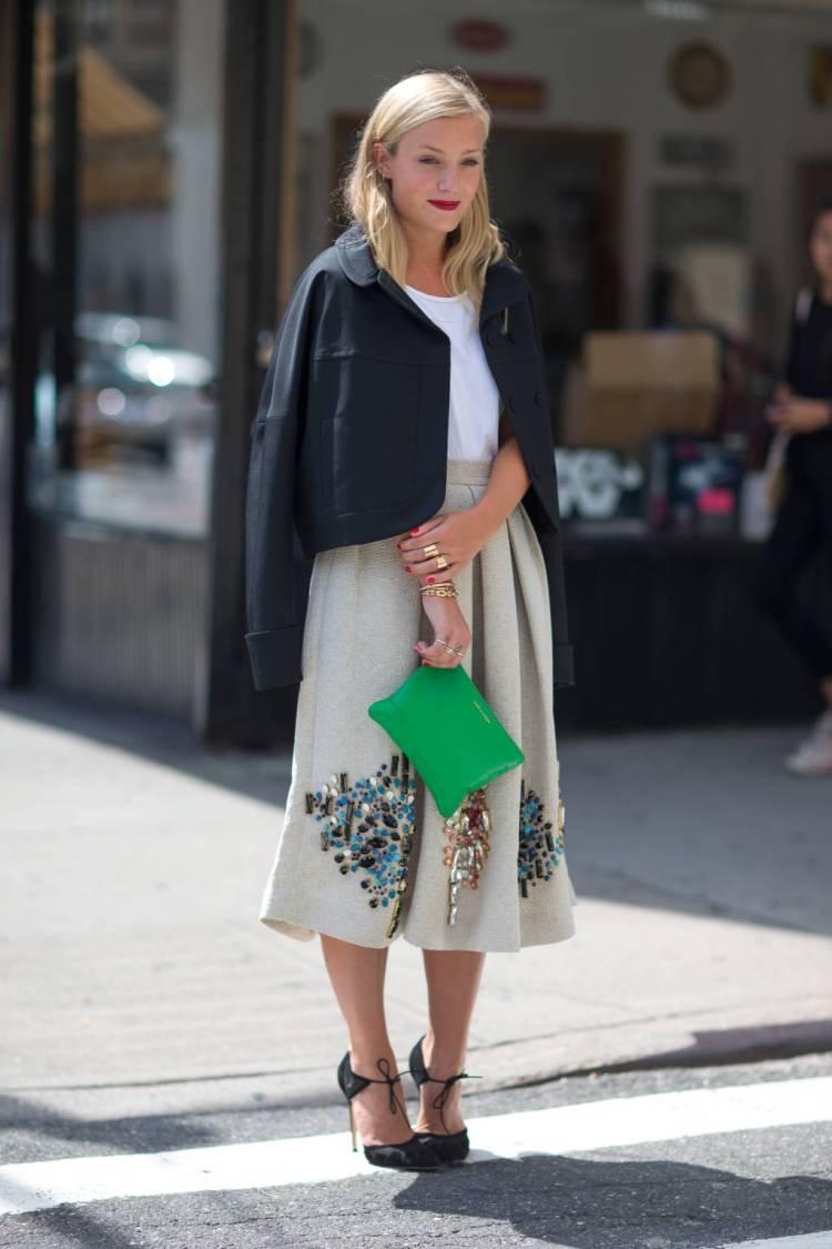 hbz-street-style-trend-midi-skirt-004-lg